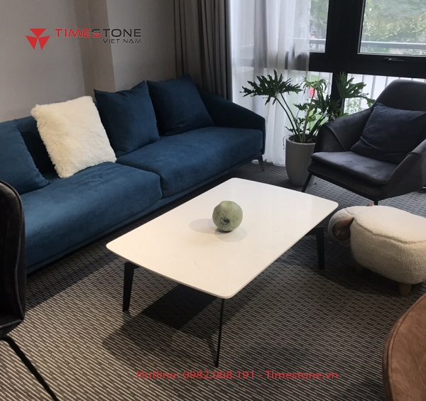 4 tips nhỏ giúp bạn chọn bàn trà cho phòng khách chung cư thêm nổi bật